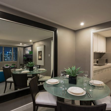 Room-Suite-Dining-and-Kitchen